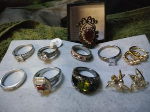 Rings and ear rings for Sale in Tampa, FL