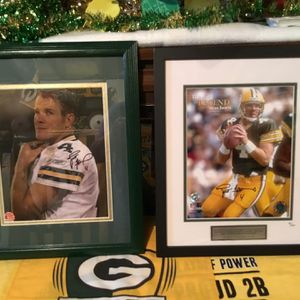 Signed B Favre Photo/Print for Sale in Oshkosh, WI