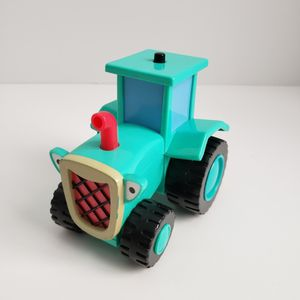 Vintage Bob The Builder Talking Rolling Travis Tractor Hasbro 2001 for Sale in St. Petersburg, FL