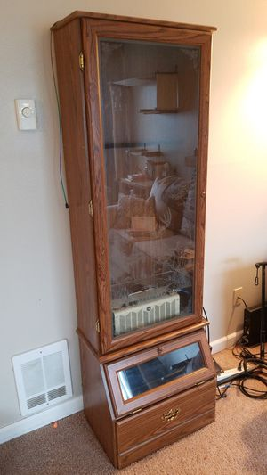 Gun cabinet/display case for Sale in Portland, OR