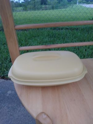 Vintage Tupperware container for food storage for Sale in Fort Myers, FL