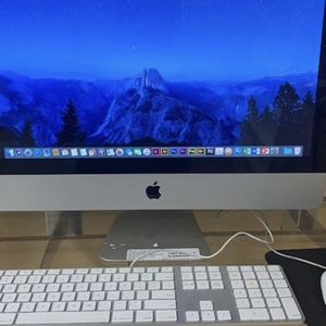 Home Studio Apple iMac computer All On One With Logic Pro 10.4 Plus Garage band Final Cut Pro & MORE for Sale in Laveen Village, AZ