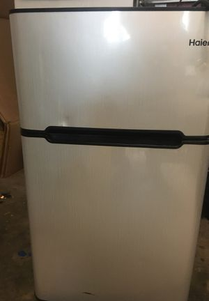 Haier Mini Refrigerator for Sale, used for sale  Acworth, GA