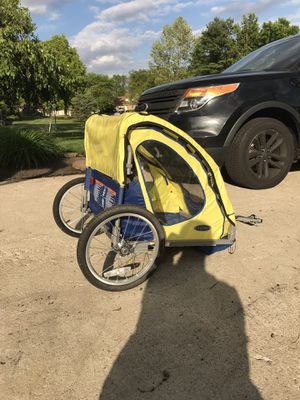 Tow behind bike trailer for kids. for Sale in Pickerington, OH