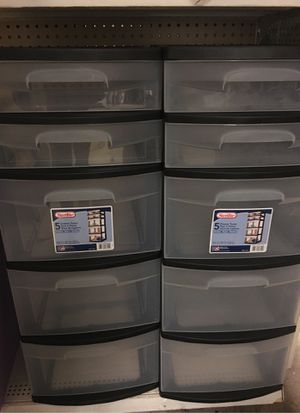 Sterilite 5 drawer plastic drawers- new for Sale in Puyallup, WA
