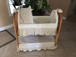 BEAUTIFUL BABY BASSINET for Sale in Vista, CA