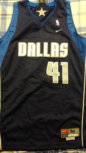 Dirk Nowitzki Dallas Mavericks Jersey for Sale in San Antonio, TX