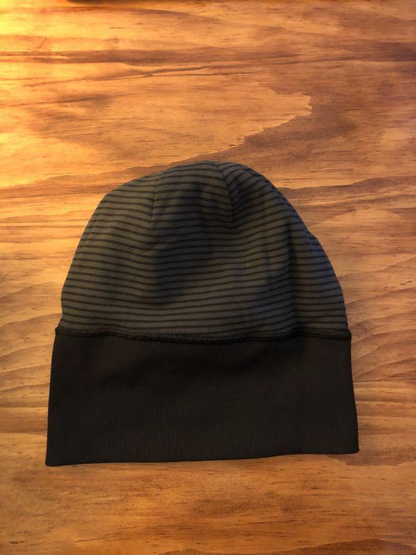 af9988075e5 Black Lululemon winter hat for Sale in Kansas City