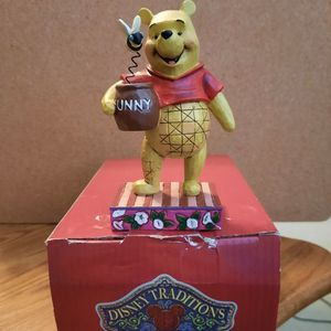 """Winnie The Pooh """"Silly Old Bear"""" Figurine From Disney Collection for Sale in Wayne, NJ"""