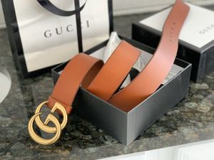 """Gucci Leather Double G"""" Buckle Belt """" size 90 for Sale in Farmingville, NY"""