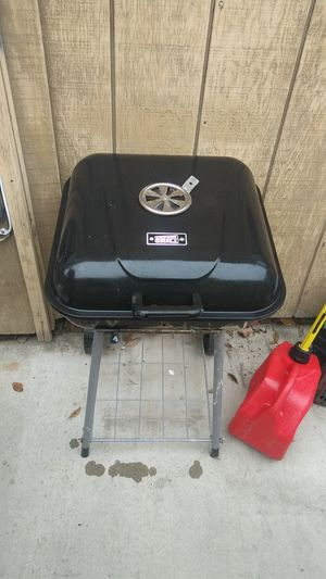 BBQ gril for Sale in Shafter, CA