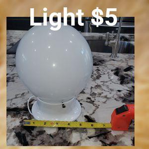 Globe light $5 for Sale in Leander, TX