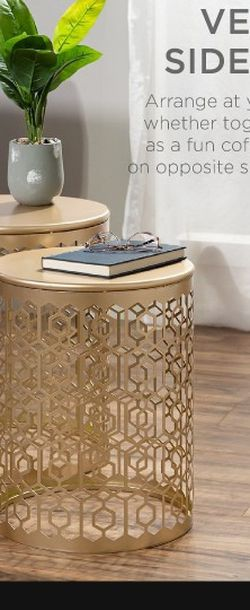Best Choice Products Set of 2 Decorative Nesting Round Patterned Accent Side Coffee End Table Nightstands - Gold for Sale in La Puente,  CA