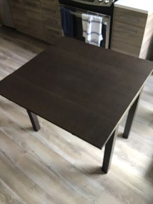 Small Desk/Table for Sale in Washington, DC