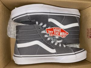 NEW VANS SK8-hi MENS 7.5 or womens size 9 for Sale in Buena Park, CA