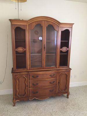Antique China cabinet for Sale in Tamarac, FL