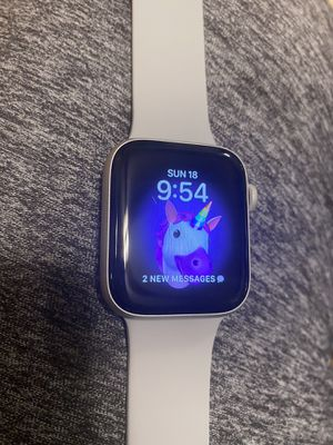 Apple Watch series 5 44mm GPS / iPhone for Sale in Bridgeview, IL