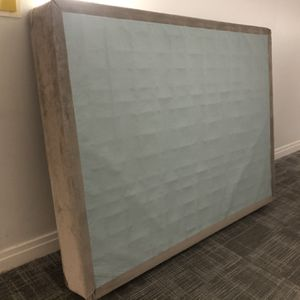 Queen sized Box Spring for Sale in Rockville, MD