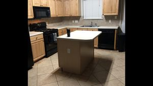 Whirlpool gas stove, microwave and dishwasher for sale for Sale in Round Rock, TX