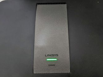 LINKSYS EA6400 DUAL-BAND (2.4 GHZ / 5 GHZ) GIGABIT ETHERNET BLACK WIRELESS ROUTER (EA6400 for Sale in Los Angeles,  CA