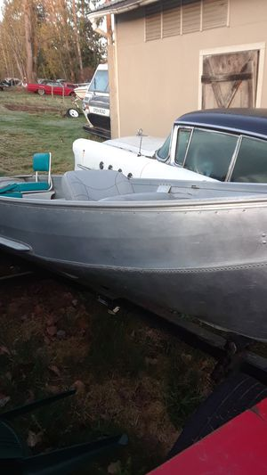 Aluminum boat, and trailer for Sale in Arlington, WA