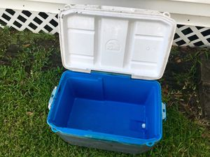 Igloo cooler for Sale in Galena Park, TX