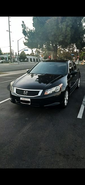 HONDA ACCORD 2009...AUTOMATIC..4 CILYNDERS GAS SAVER..NO LEAKS..NO LIGHTS ON..130K MILES..SALVAGED TITLE..TAGS UPDATE..CASH ONLY for Sale in Lynwood, CA