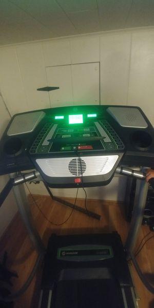 Treadmill. HORIZON. for Sale in La Mesa, CA