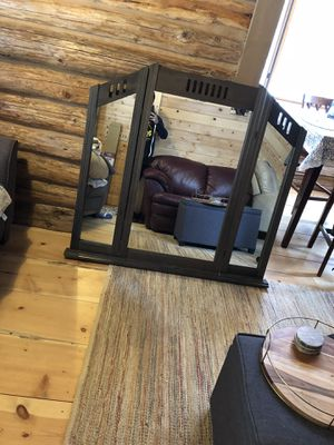 Dresser mirror- still available for Sale in Sunriver, OR
