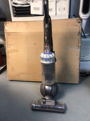 Dyson DC 65 Multi Floor Upright Vacuum for Sale in Lloyd Harbor, NY
