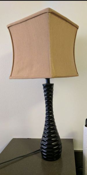 Small table lamp for Sale in Chicago, IL