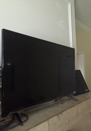 42 inch TV for Sale in Washington, DC