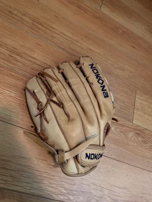 Nokona softball glove for Sale in Arcadia, CA