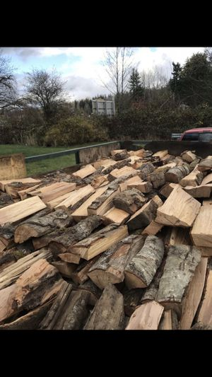 Seasoned Firewood (FREE DELIVERY!) for Sale in Seattle, WA