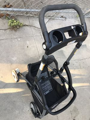 Graco Snugrider Elite Infant Car seat frame for Sale in Culver City, CA