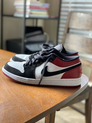 Authentic Jordan 1 low black toes size 10 for Sale in Grand Prairie, TX