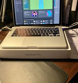 Mac Book Pro (In Box) for Sale in Portland,  OR