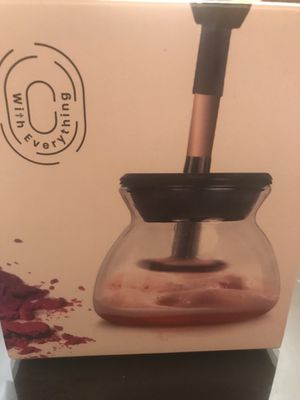 Makeup brush cleaner for Sale in Orlando, FL