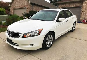 BEAUTY 2OO8 Honda Accord EX-L FWDWheels for Sale in Dayton, OH