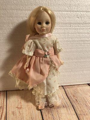 """Vintage 1983 Vinyl Doll By JESCO 10"""" Tall missing a shoe for Sale in San Bernardino, CA"""