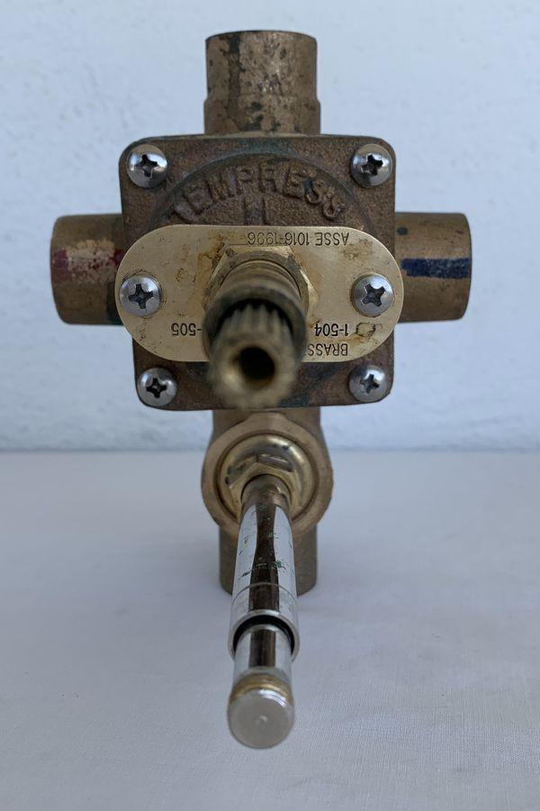 Newport Brass Brasstech Tempress II 1-505 4 Port Tub and Shower Trim Rough-In Diverter Valve w/ No Stops, like 1-595, 1 of 2