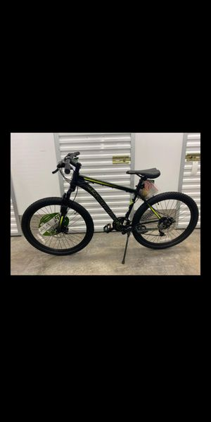 Brand new bike schwinn bikes for Sale in Fort Lauderdale, FL