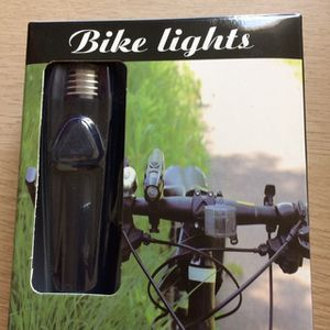 Rechargeable Bike Light. 300 lumen bike light with usb Rechargeable cable for Sale in Los Angeles, CA