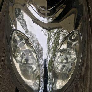 Frente De Scooter 150 Cc O 50 Cc Tiene Luz for Sale in East Hartford, CT