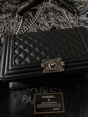 Chanel Caviar Boy Bag Black for Sale in Garden Grove, CA
