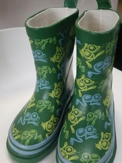 Toddler Rain Boots. Size 8-9 for Sale in Milton,  WA