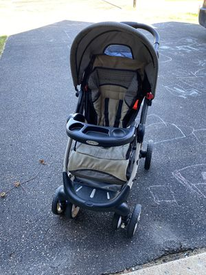 Stroller with matching car seat for Sale in Osseo, MN