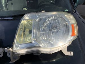Toyota Tacoma Headlights, (Used) for Sale in Salt Lake City, UT