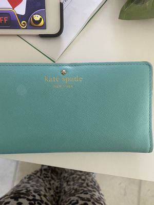 Kate spade purse for Sale in North Attleborough, MA
