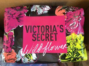 Victoria Secret Beauty Bag $10 for Sale in Hazard, CA